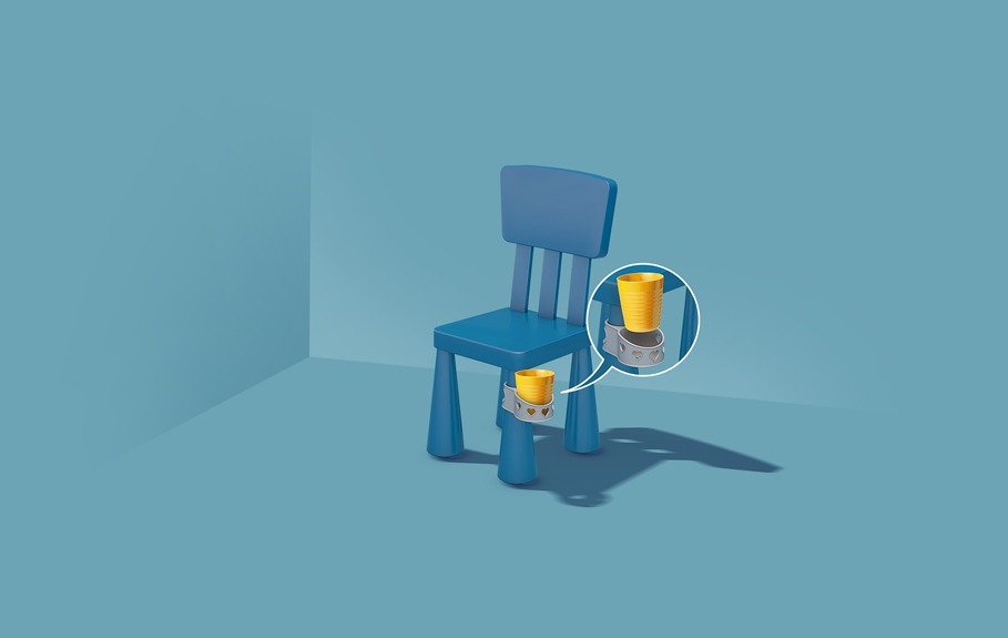 huggy chair cup